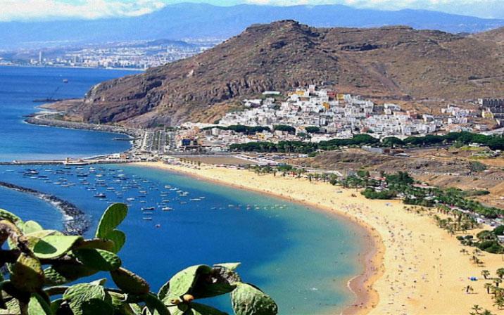 playa_las_teresitas_3