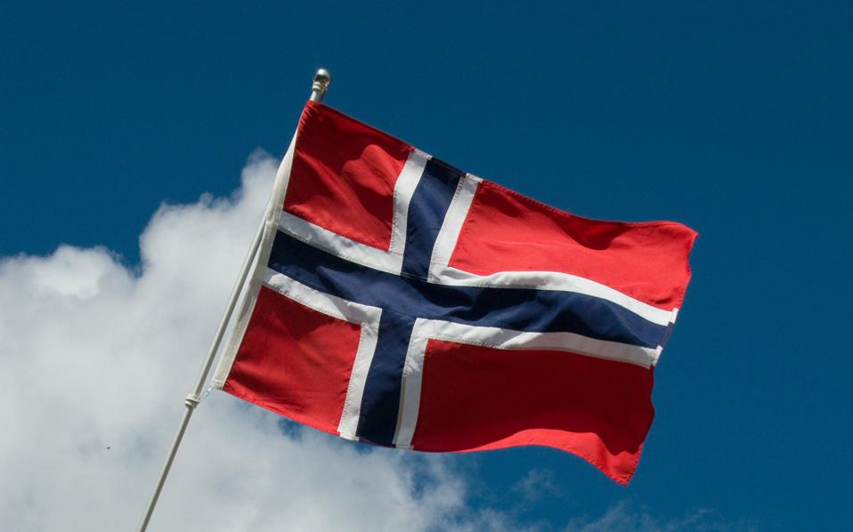 norwegian-flag-thumb-large