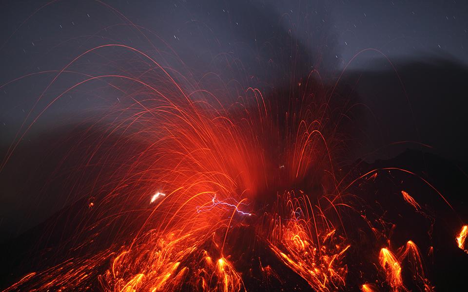 volcanolightning_rietze_big