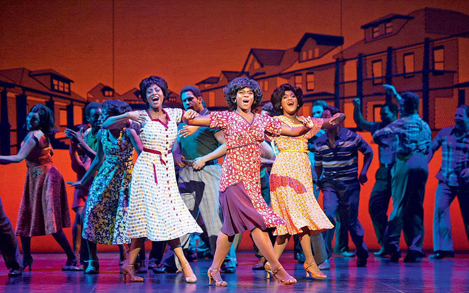 l-r-keisha-amponsa-banson-aisha-jawando-cleopatra-rey-as-martha-reeves-and-the-vandellas-in-motown-the-musical-at-the-shaftesbury-theatre-photo-credit-alastair-muir