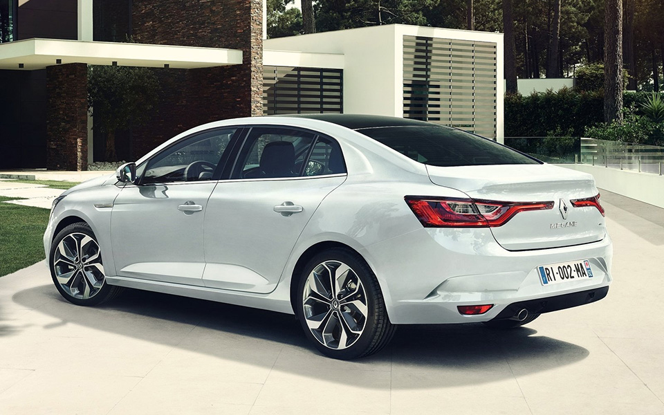 renault-megane_sedan-2017-1600-05