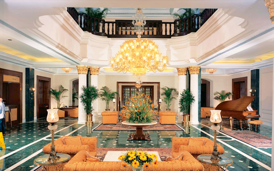 the-lobby---the-oberoi-grand-kollkata