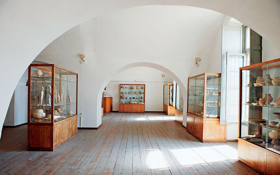 dsc_4110-h-archeological-museum-naxos