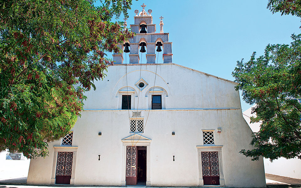 dsc_9517-high-panagia-of-apeiranthos-church-naxos