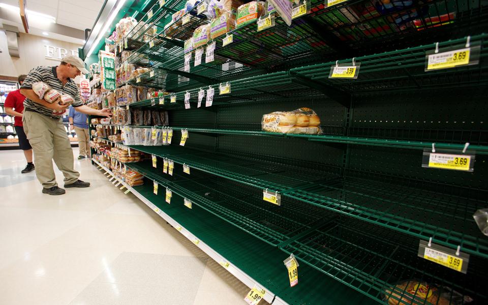 shelves-of-b