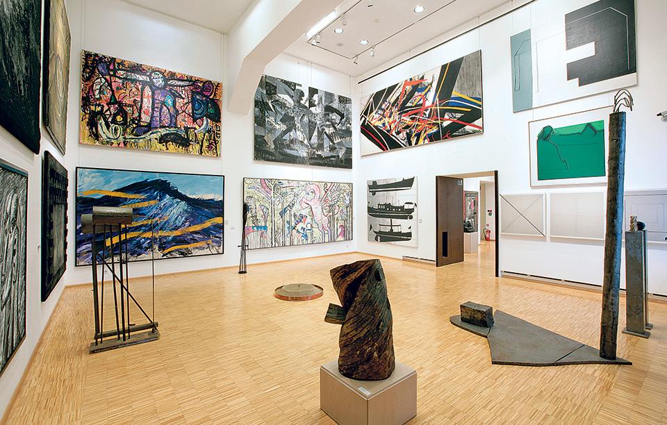 modern-gallery_set-up-of-2-floor--permanent-exhibition