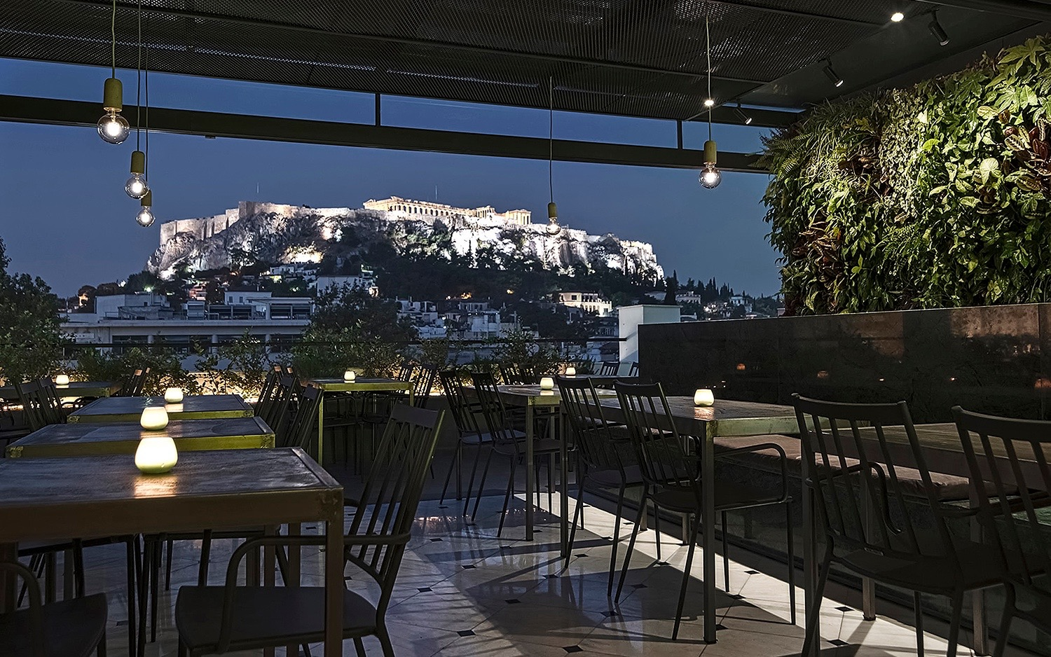 1-the-zillers-athens-boutique-hotel_roof-garden-night