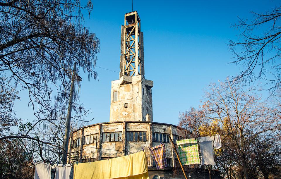 the-old-fairground-belgrade-by-bogdan-spasojevic