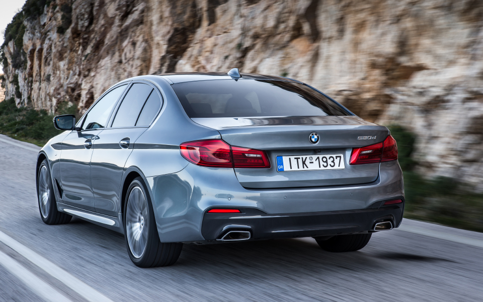p90252640_highres_the-new-bmw-5-series