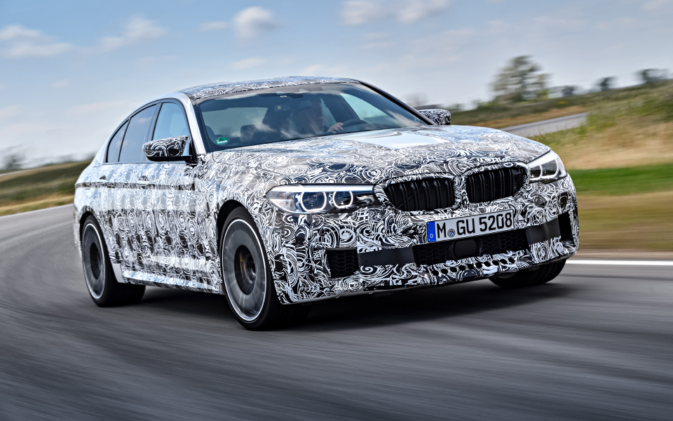 p90257503_highres_the-new-bmw-m5-with-