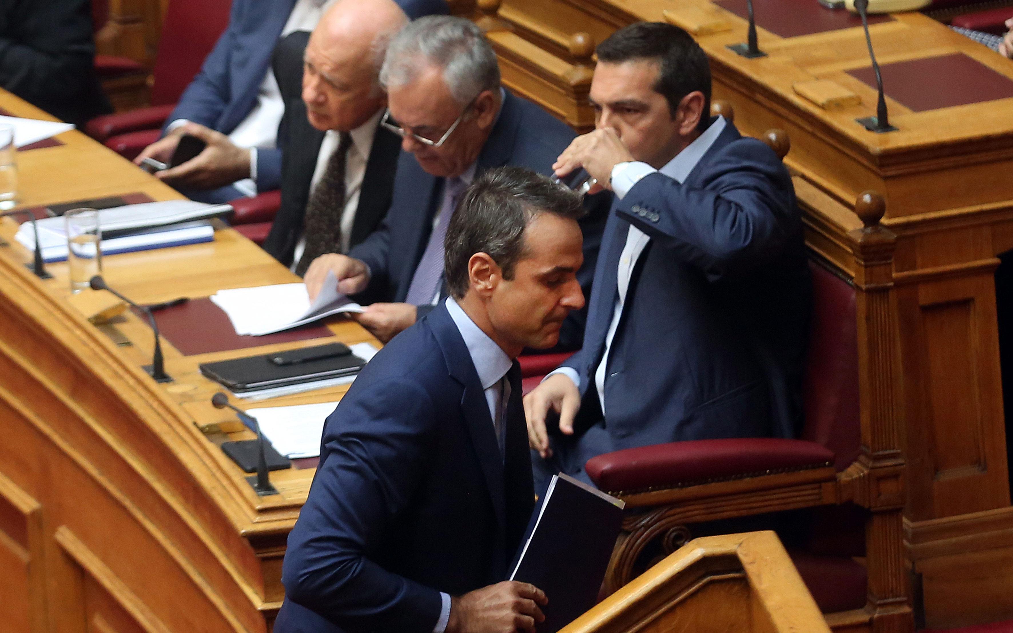 vouli_tsipras_mitsotakis
