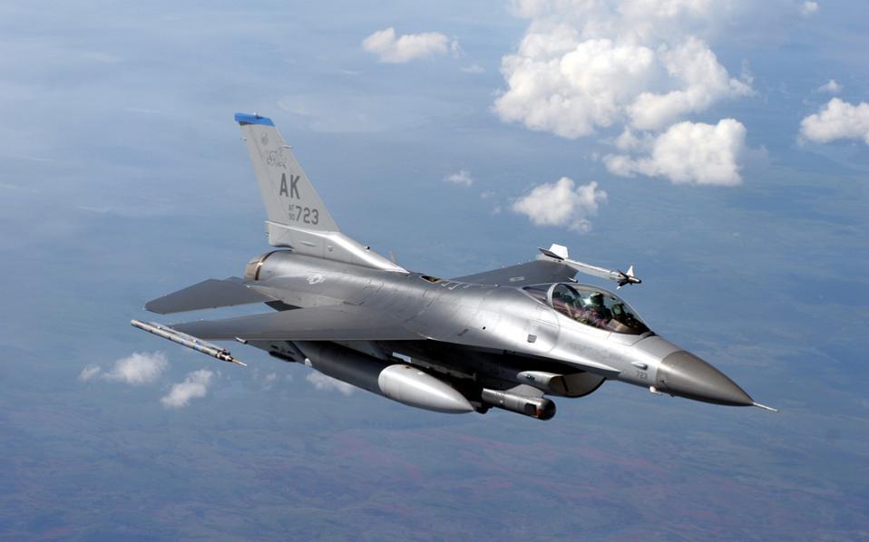 19s9falcon-f16-fighter