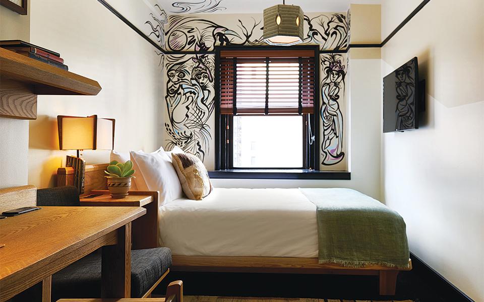 11-queen-room-_-credit-adrian-gaut