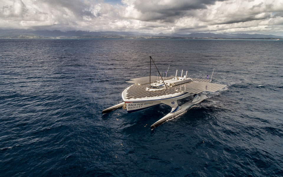 breguet-supports-race-for-water_photo_peter_charaf_dji