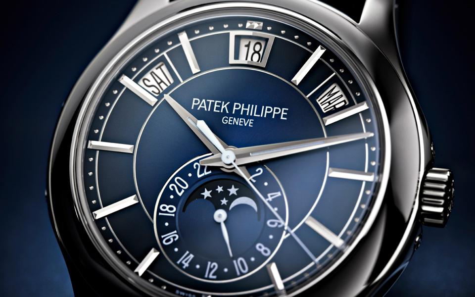 patek-philippe-annual-calendar-5205g_013_det-19437