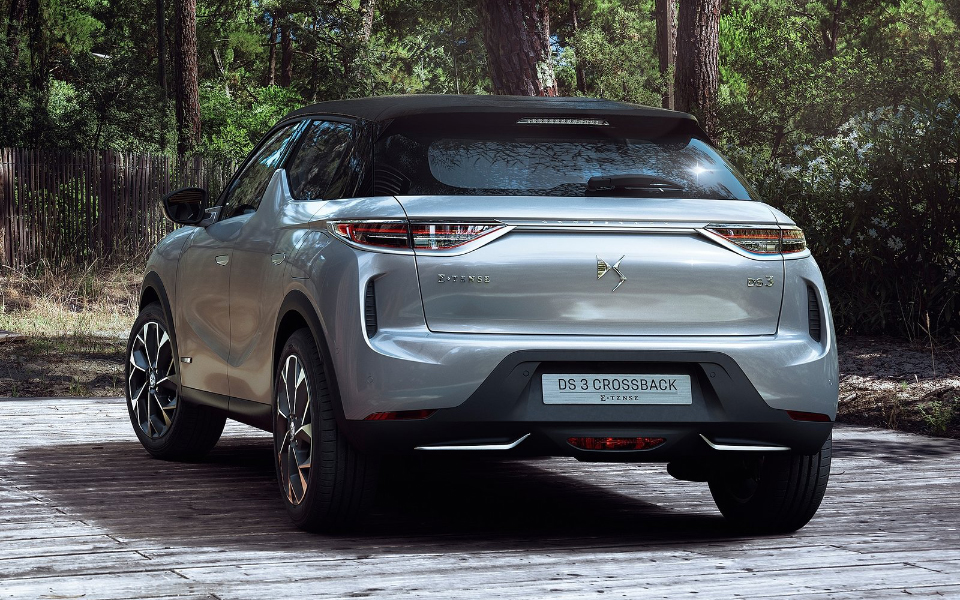 ds-3_crossback-2019-1600-07