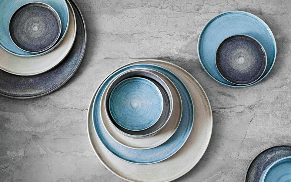 mateus_meets_sam-baron_meets_yatzer_plates-grey_sand_ice-blue