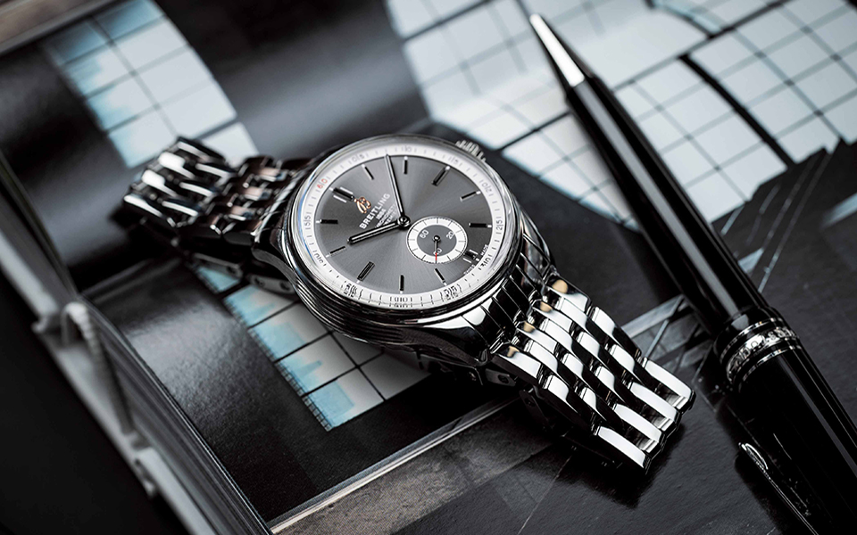 01_premier-automatic-40-with-anthracite-dial-and-stainless-steel-bracelet