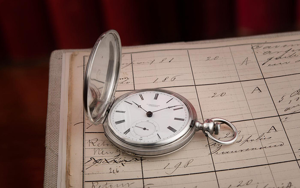 news-a-collector-finds-the-oldest-longines-watch-known-to-date-a-historical-discovery-for-the-brand-11-
