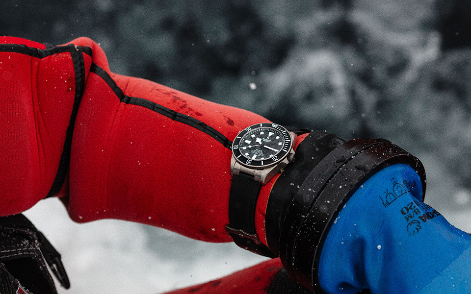 ice-diving-with-pelagos-2