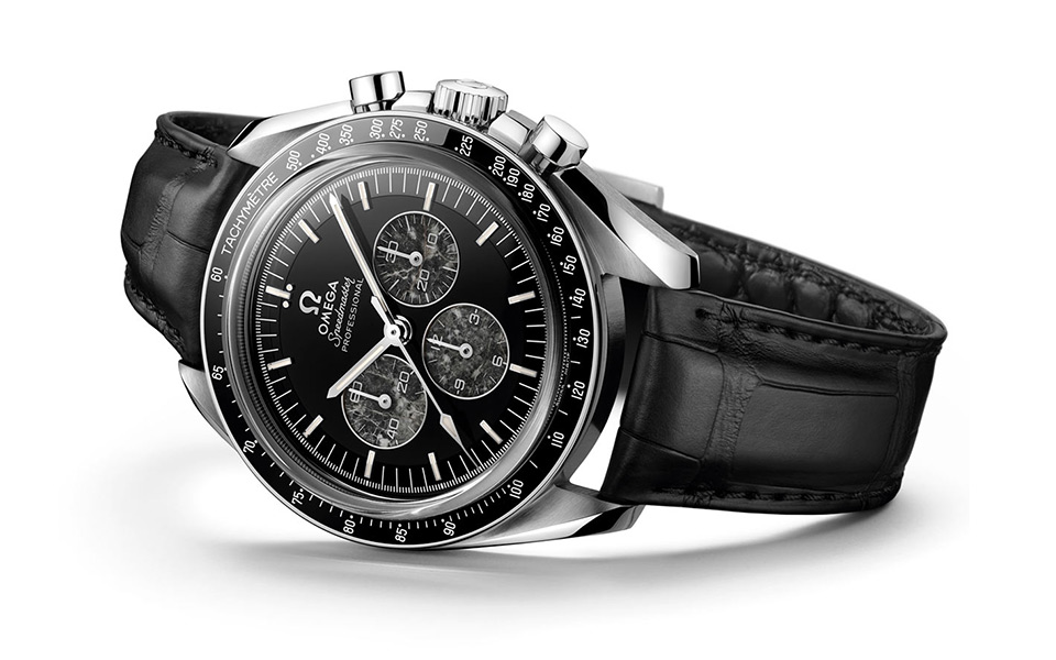 omega-speedmaster-moonwatch-321-platinum-960x600