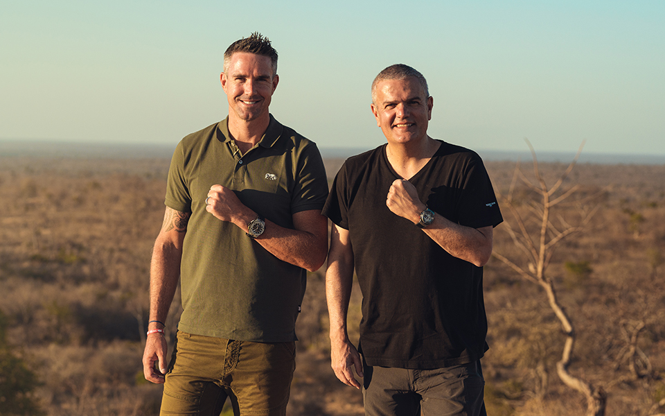 hublot-has-joined-in-partnership-with-kevin-pietersen-and-sorai-save-our-rhinos-africa-and-india-to-protect-the-rhinoceros-which-is-facing-extinction