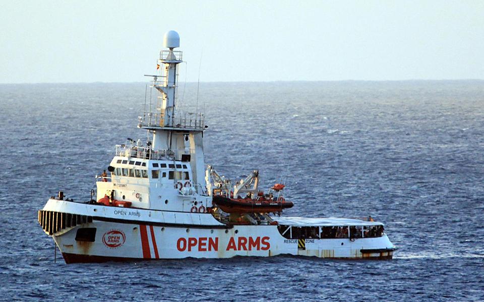 migrant-ship