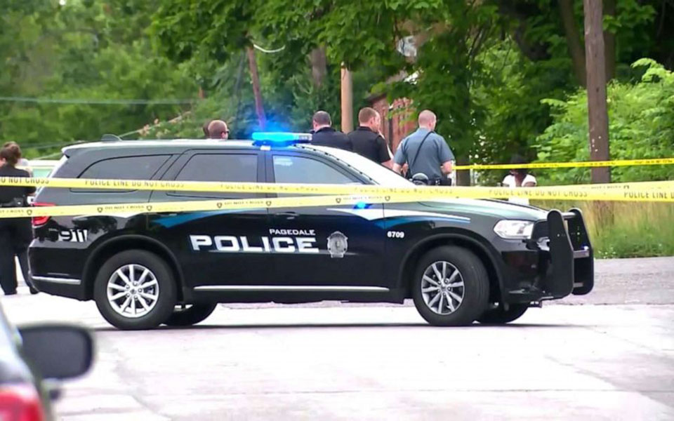 officer-shot-mo-03-kmov-jc-190624_hpembed_16x9_992
