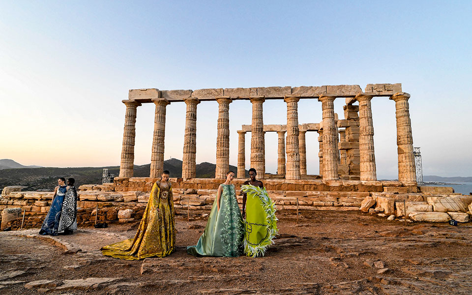 mary_katrantzou_summer2020_sounion_02