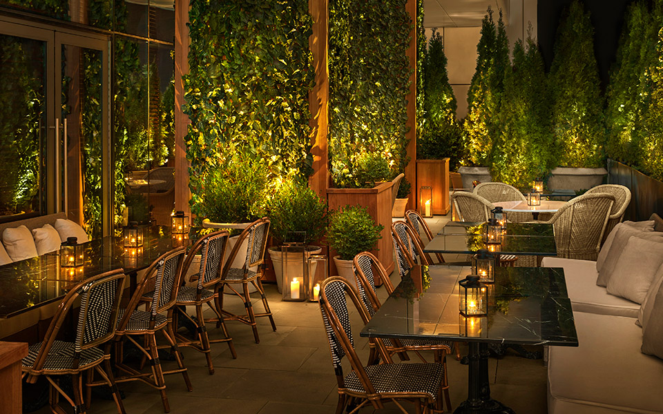 the-times-square-edition_the-terrace-restaurant-at-edition-terrace_-credit-nikolas-koenig