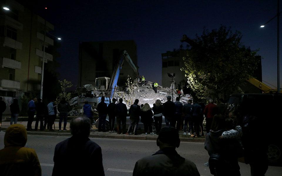 2019-11-26t160111z_45761705_rc24jd9uomem_rtrmadp_5_albania-quake