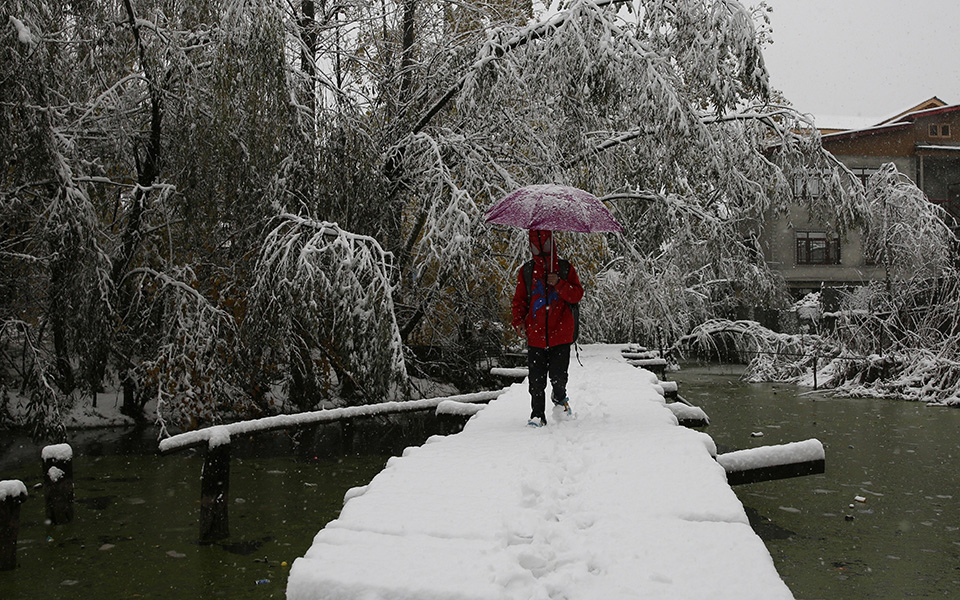 heavy-snowfa