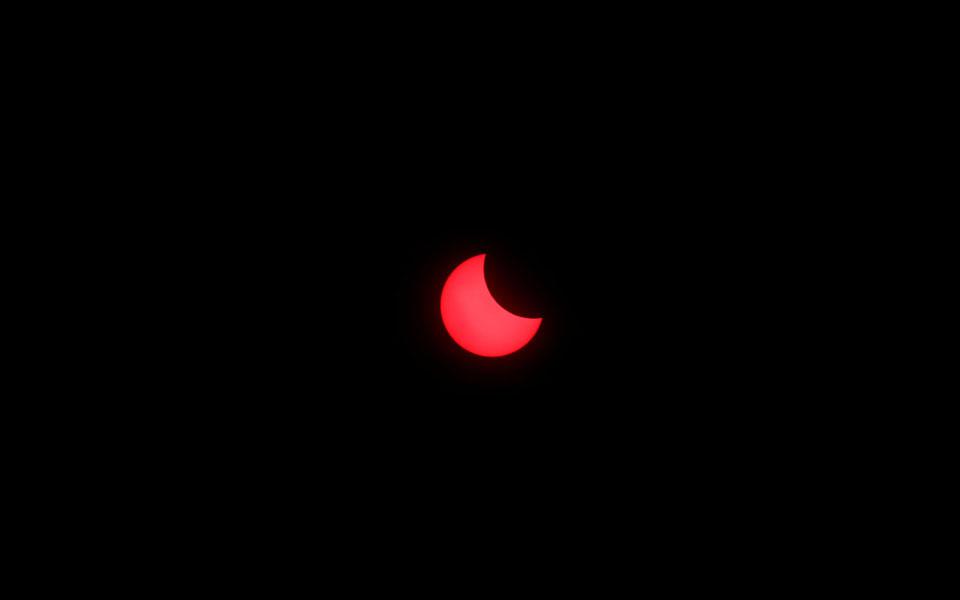 2019-12-26t075125z_1954665217_rc2v2e9gz701_rtrmadp_5_solar-eclipse-indonesia