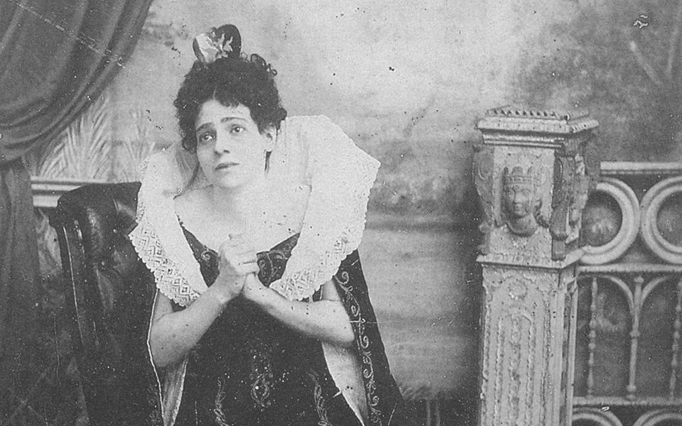 e-euaggelia-paraskeuopoulou-os-loukretia-borgia-1892