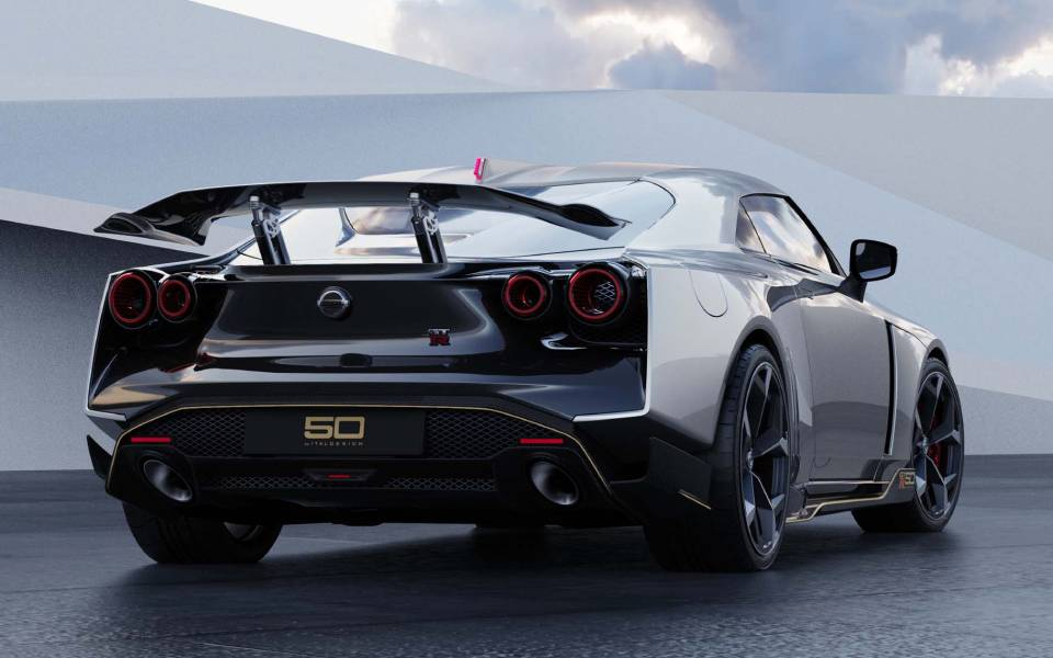 nissan-gt-r50-by-italdesign-production-rendering-silver-rr-1