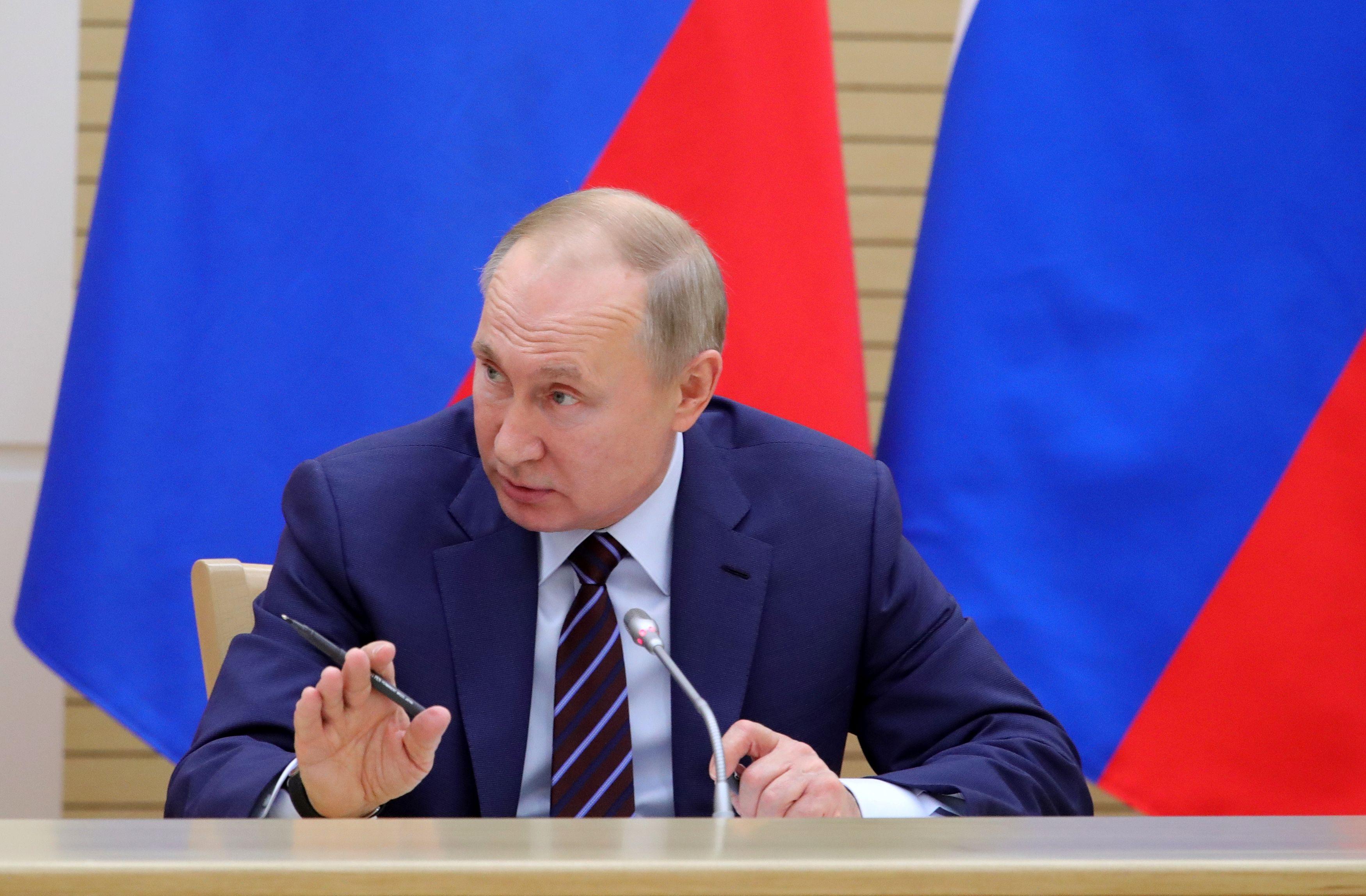 2020-01-16t130821z_1892664869_rc21he9qjfot_rtrmadp_5_russia-politics-putin