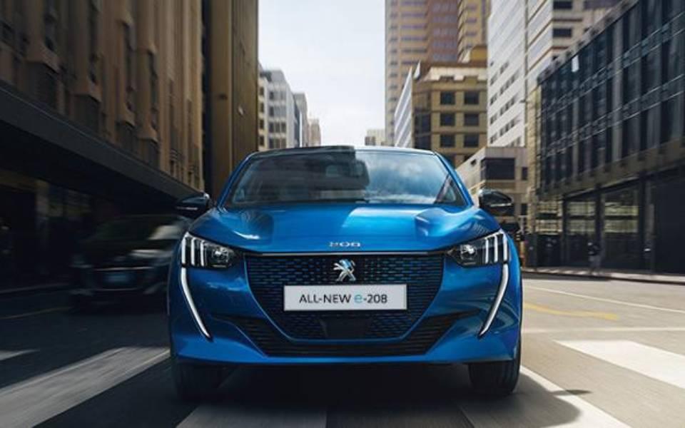 company-car-and-van-awards-2020-peugeot-e-208-1