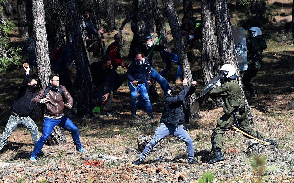 greece_migrants_13965jpg-a86a7