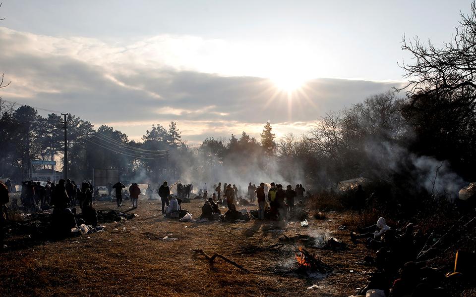 2020-02-29t193537z_773232415_rc2jaf9i0zbo_rtrmadp_5_syria-security-turkey-migrants