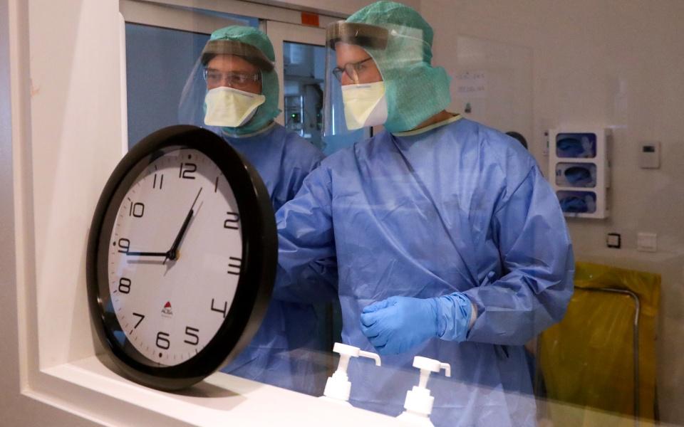 2020-03-26t134529z_338507135_rc2prf9t3lv1_rtrmadp_3_health-coronavirus-belgium-hospital