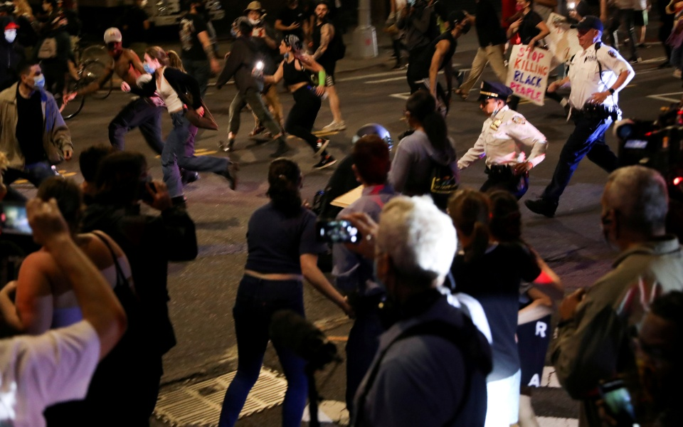 2020-05-30t055045z_983162363_rc2tyg9ba1zp_rtrmadp_3_minneapolis-police-protests-new-york-1