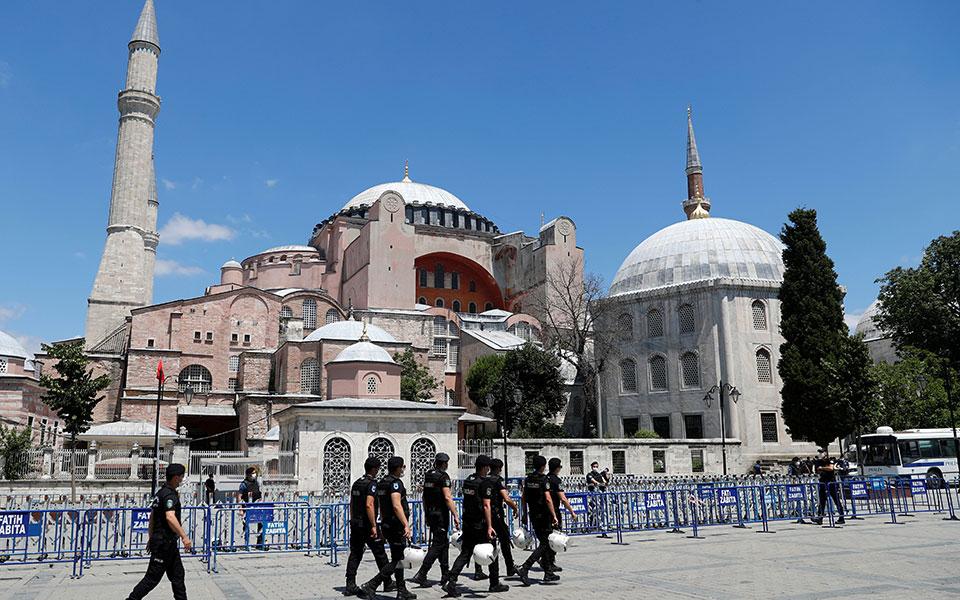 2020-07-11t000000z_559463595_rc21rh973kiy_rtrmadp_3_turkey-museum-reaction