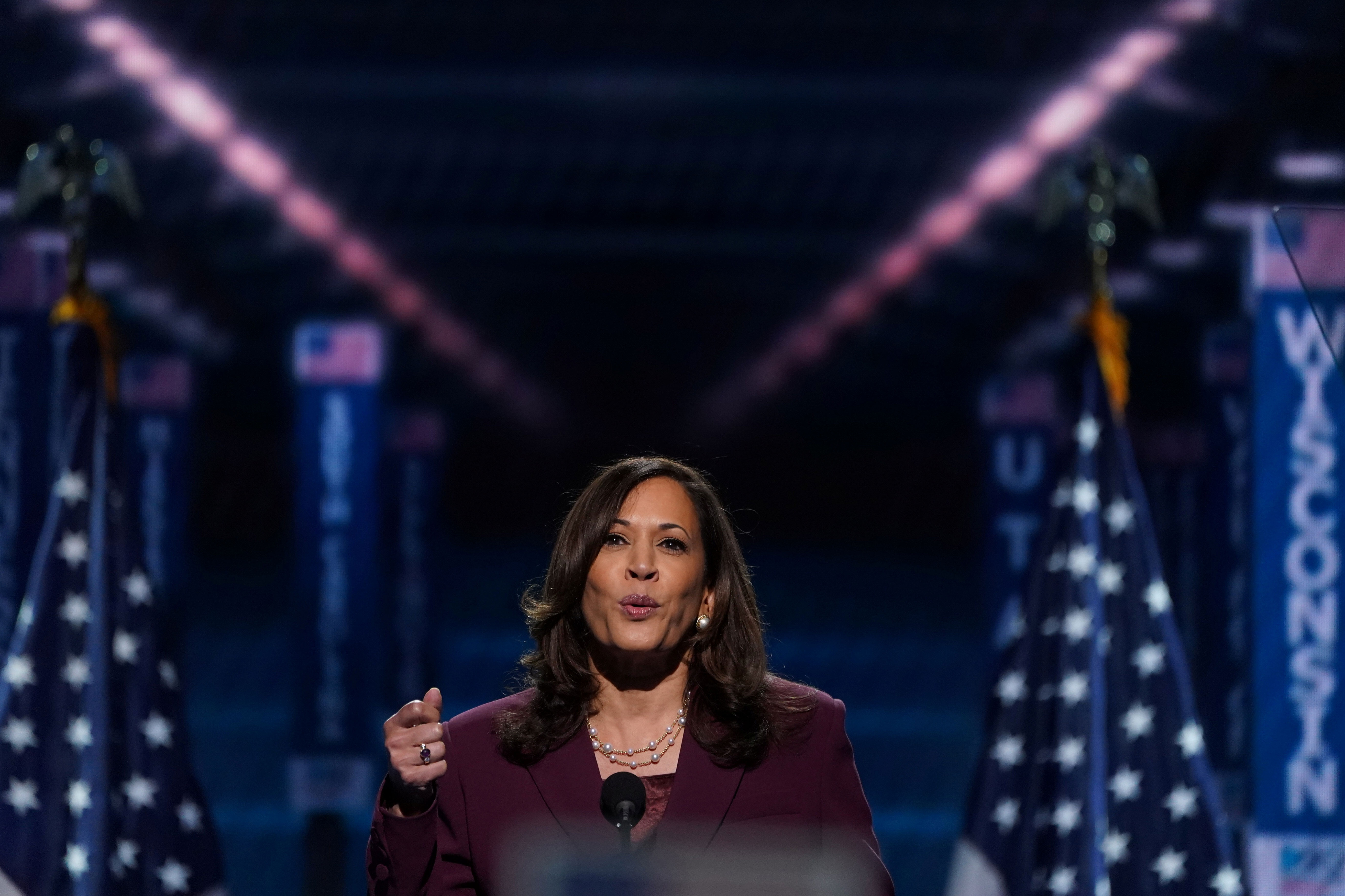 2020-08-20t030742z_1262821626_rc2fhi98t7r9_rtrmadp_3_usa-election-convention