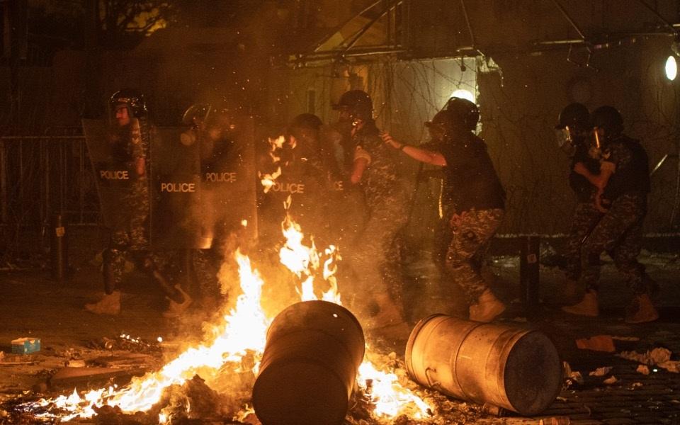 lebanon_riots_web
