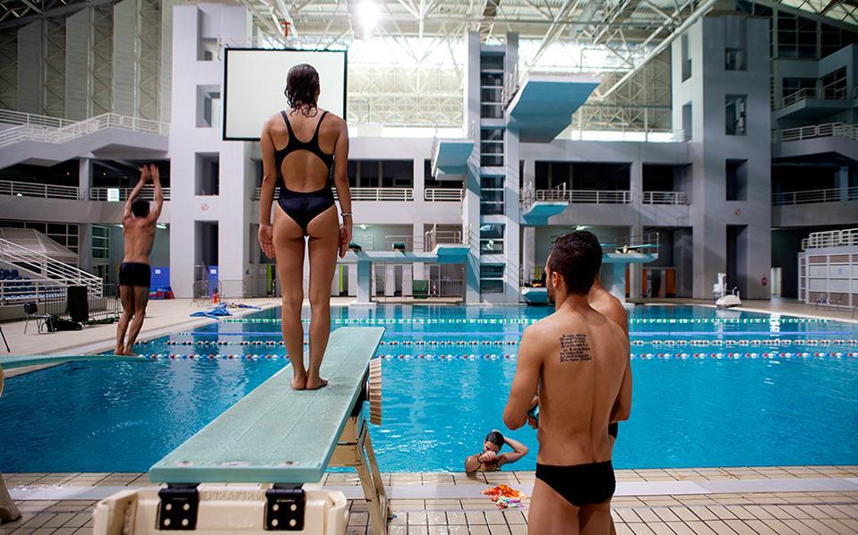 olympiaki-erimosi-deka-chronia-meta9