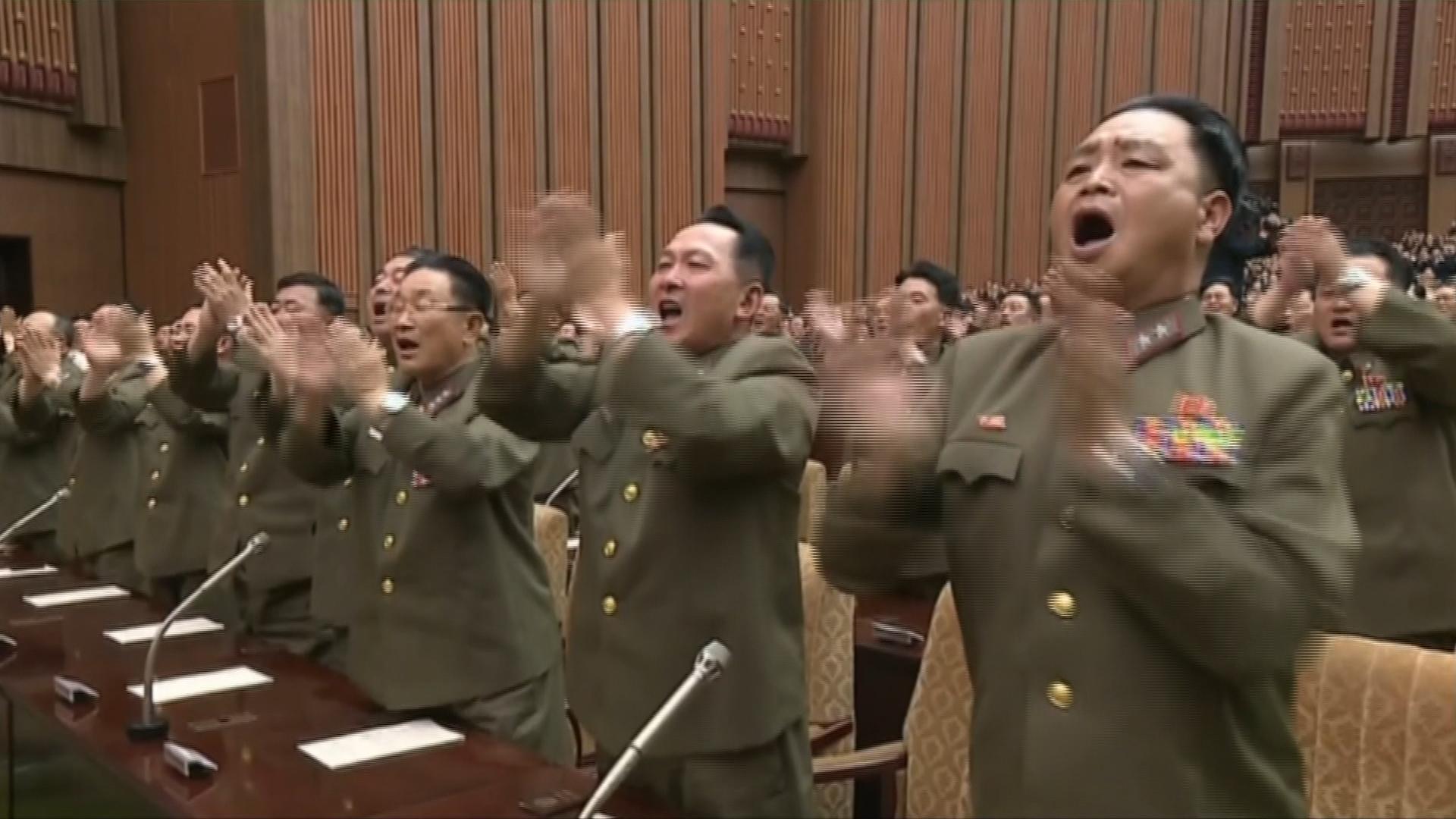 to-leave-toy-boris-i-epiklisi-dritsa-kai-oi-panigyrizontes-voreiokoreates11