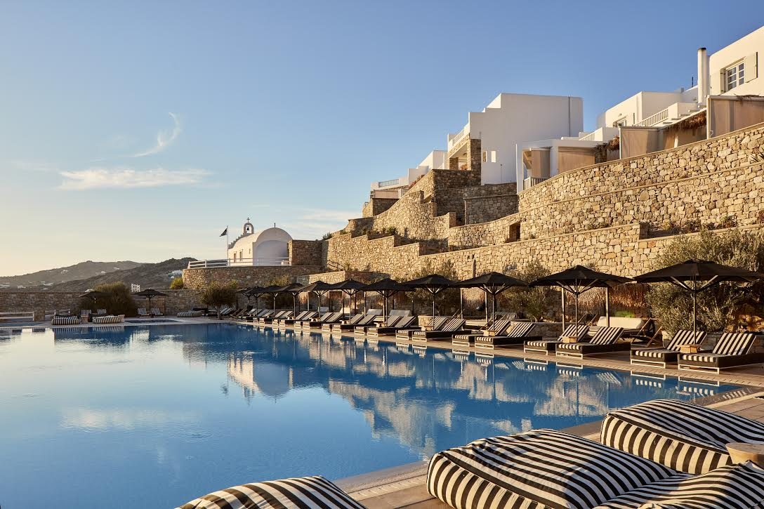to-myconian-villa-collection-melos-ton-preferred-hotels-and-resorts3