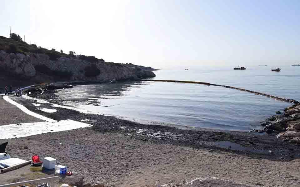 yp-naytilias-1-500-kyvika-petrelaioeidon-echoyn-apantlithei-ston-saroniko5