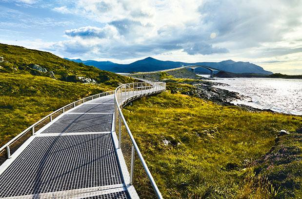 norvigia-ena-aprosmeno-road-trip5