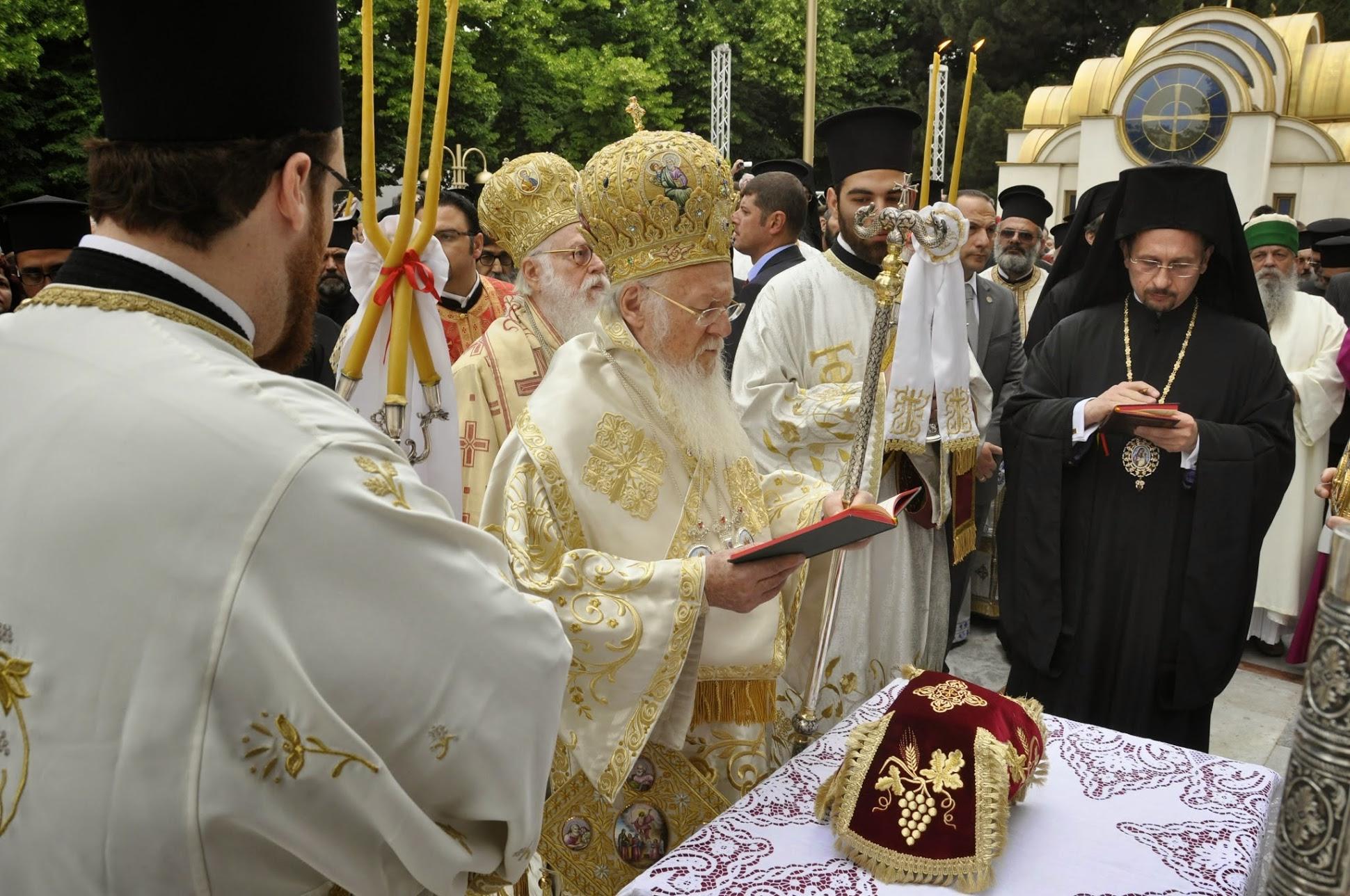 archiepiskopos-anastasios-o-golgothas-gia-tin-anastasi-tis-orthodoxis-ekklisias-stin-alvania3
